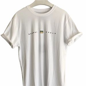 Barney Cools T-Shirt Size Small NWT White